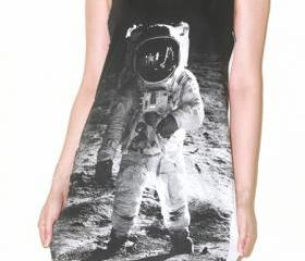Astronaut Edwin Aldrin On Lunar White Singlet Tank Top Tunic Vest Women Sleeveless Shirt Indie Pop Rock T-Shirt Size M